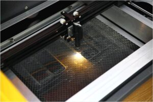 手机玻璃膜激光切割