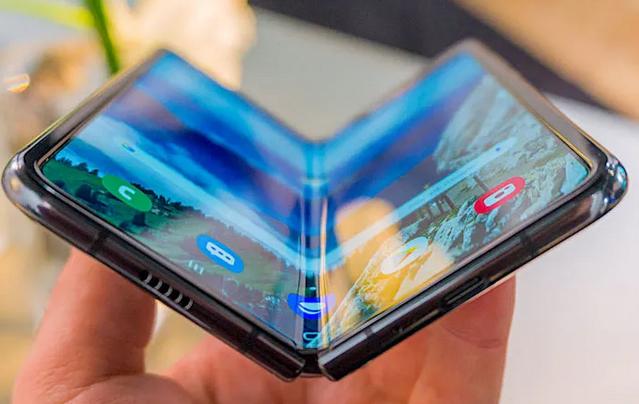 手机屏使用激光精密切割的效果最理想